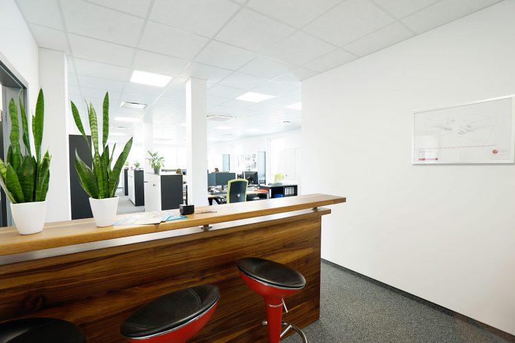 Büro-Eingang-6356